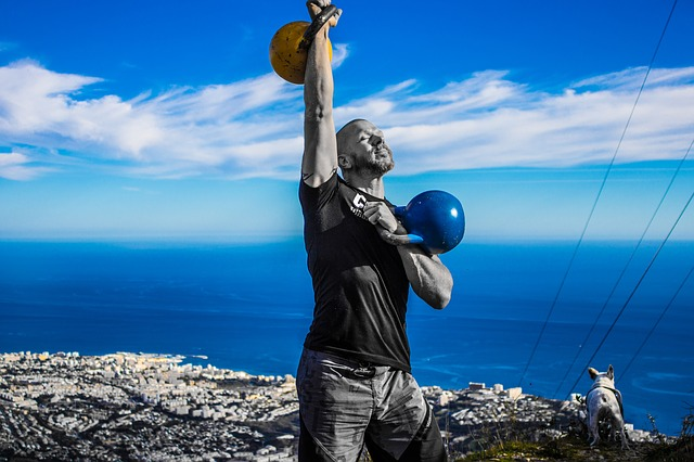 should kettlebells be bought in pairs